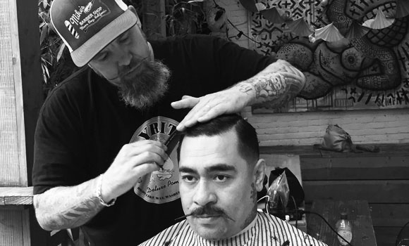 Barber Jon barbers in Amsterdam at Hanky Panky Tattoo Shop
